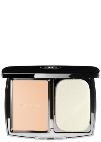 Chanel Vitalumiere Compact Douceur Foundations Beige Rose B20